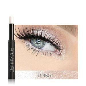 Eyeshadow pencil in Frost